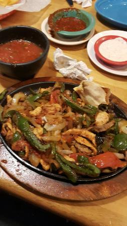 Suffolk, Wirginia: La Parrilla Mexican Grill
