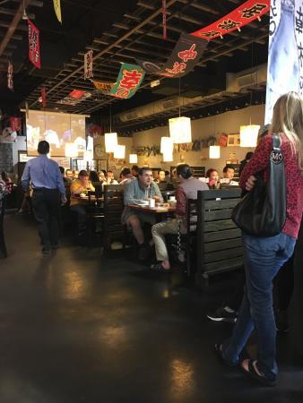 Beaverton, Oregón: Crazy Sushi Shoten