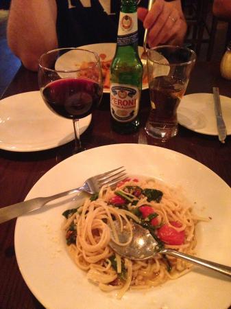 """Ridgefield, CT: """"Miles Davis"""" linguini - a spinach, pine nut, tomatoe and garlic dish, mmmmmmm"""