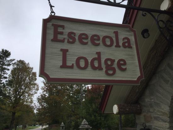 The Eseeola Lodge Dining Room: Eseeola Lodge