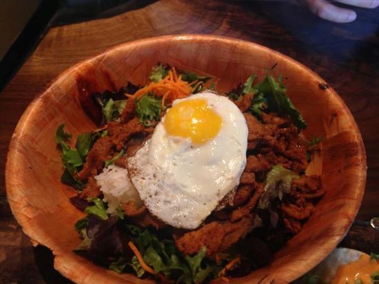 Seoul taco 39 s mobile unit picture of seoul taco saint for Asian kitchen korean cuisine st louis