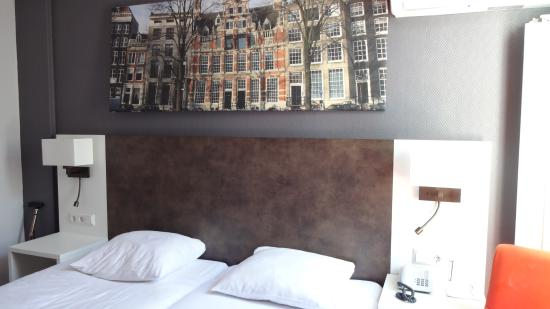Potret Hotel Amsterdam - De Roode Leeuw