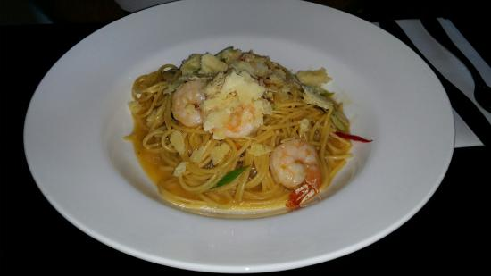 Wangaratta, Australia: Spaghetti with honey, chilli and prawns