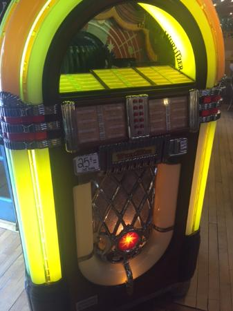 Juke box in the cafe at Coombs, Too much fun at the Country Market with all the sculptures and t