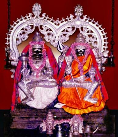 Thiruchendur, Ινδία: Arultharum Mutharamman Thirukoil Temple