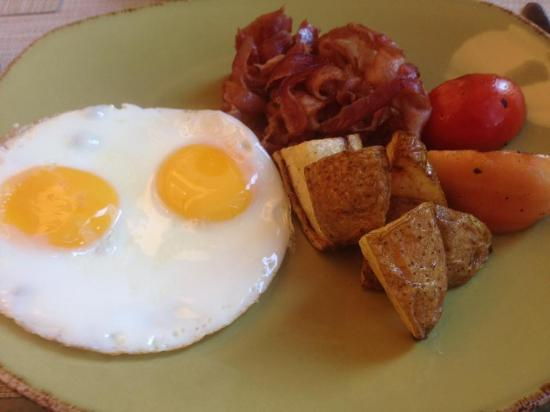 Tapenade: Bacon & Eggs