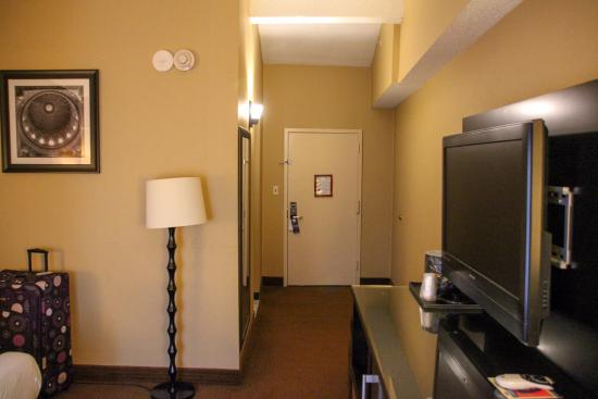 Clean Rooms - Picture of Best Western Plus Newark Airport West ...