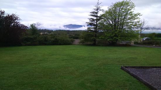 Fern Rock Bed & Breakfast: View from the front of Fern Rock B&B