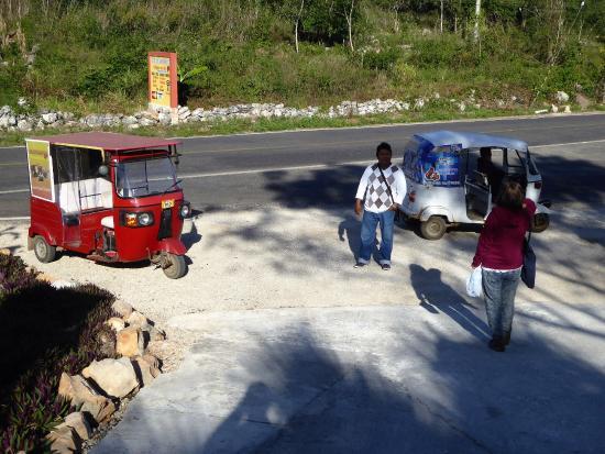 Santa Elena, Meksiko: motorbike taxi