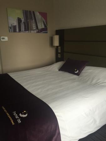 Premier Inn Glasgow (Bearsden) Hotel: photo1.jpg