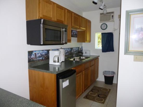 Moosehead Motel Condos Hotel Reviews Price Comparison Rockwood Me Tripadvisor