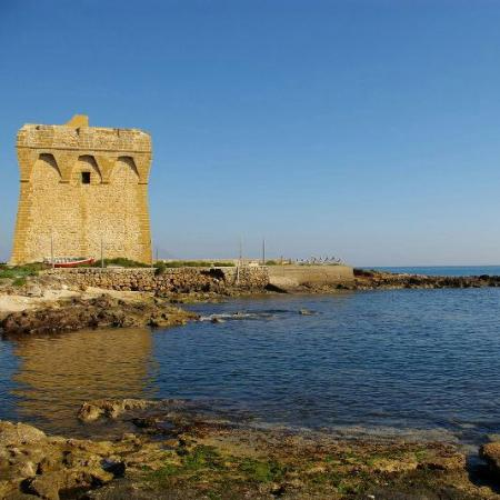 Casalabate, Italie : Torre Specchiolla