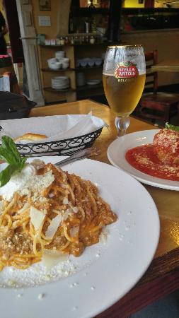 Tuttorosso Pizzeria Napoletana: 0504161743a_HDR_large.jpg
