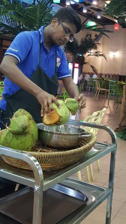 Cocoville Coconut Sreamboat Restaurant