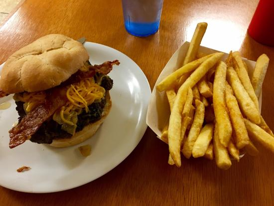 Col. Mustard's Phat Burgers: The Bowden