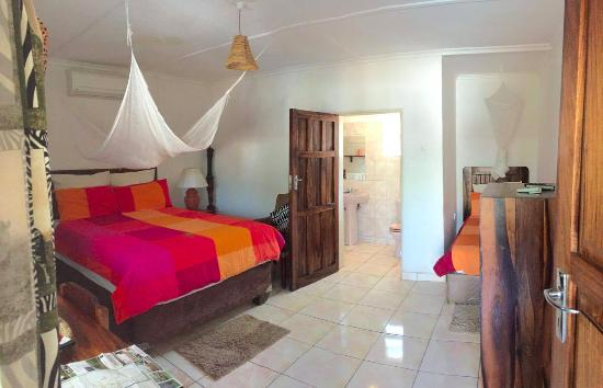 Tabonina Guesthouse: A room good enough for 3