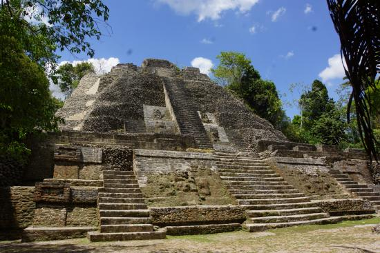 Ladyville, Belice: The great temple
