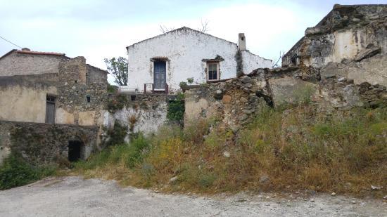 Plakias, Grecia: Deserted village