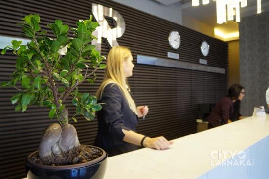 Rise Hotel: Front Desk Welcoming Staff