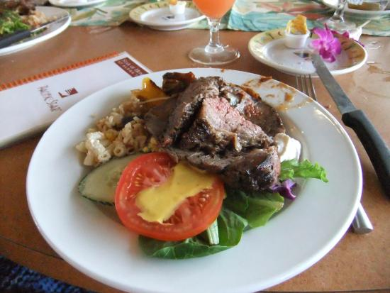 Star of Honolulu - Dinner and Whale Watch Cruises: バイキングのお料理