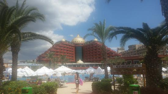 Delphin Palace Hotel: 20160523_113436_large.jpg