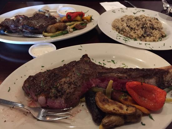 Chino Hills, Kalifornien: Tomahawk Steak (shared) with a side of mushroom risotto