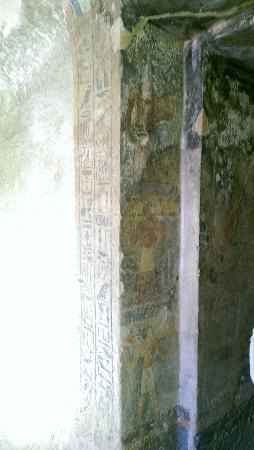 Asyut, Egitto: داخل مقابر مير الاثرية