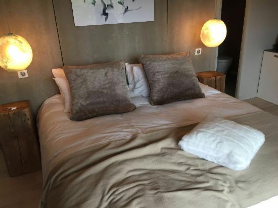 img 20160528 wa0016 picture of bien loin d 39 ici spa b b nimes tripadvisor. Black Bedroom Furniture Sets. Home Design Ideas