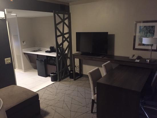 Embassy Suites by Hilton Atlanta - Galleria : photo2.jpg