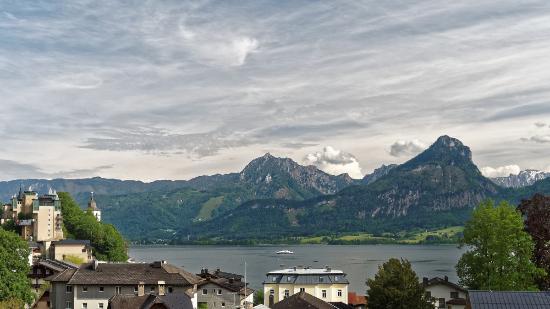 Hotel Furian am Wolfgangsee: Blick auf St. Wolfgang und den See