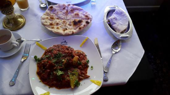 Usha Indian Cuisine: garlic naan
