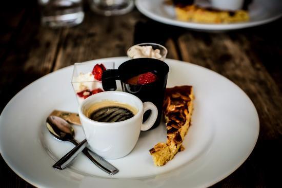 Jouques, Frankrike: café gourmand