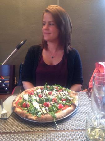 Orsay, Francia: Belle pizza
