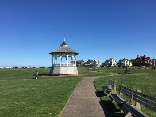 Oak Bluffs, MA: Ocean Park