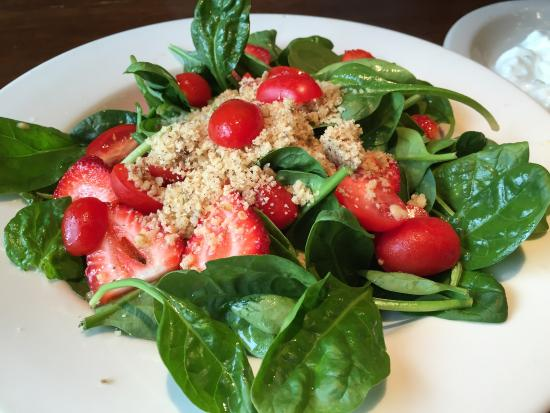 Kirkland, Ουάσιγκτον: Delicious food, generous portions.