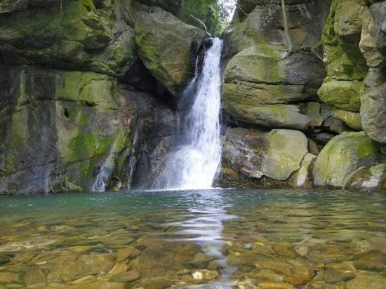 Cachoeira das Andorinhas em Aldeia Velha😂😉