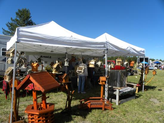 Buffalo Run Campground: Items for sale at the Antique Collectable Show