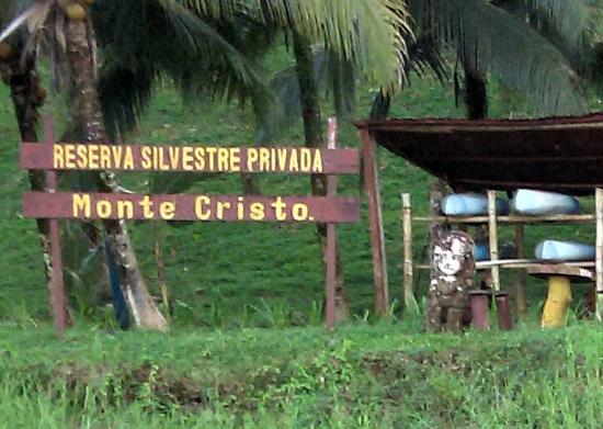 Boca Sabalos, Nikaragua: They rent canoes and kayak for trip down the Rio San Juan