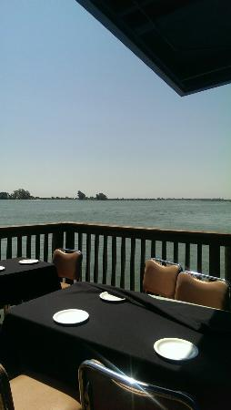 The Point Waterfront Restaurant: IMAG0141_large.jpg