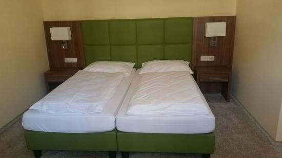 Hotel Goldener Adler: 20160521_125718_large.jpg