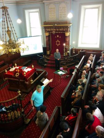 Hobart Synagogue: visitors