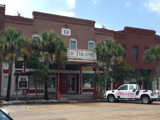 Dixie Theatre: Box office?