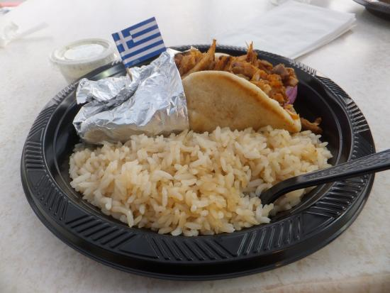 Primm, نيفادا: Grilled Chicken Gyros with rice