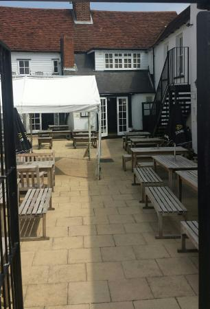 The Star Inn, Burnham On Crouch, Essex. Beautiful 17th Century Pub, With A Great Selection Of Al