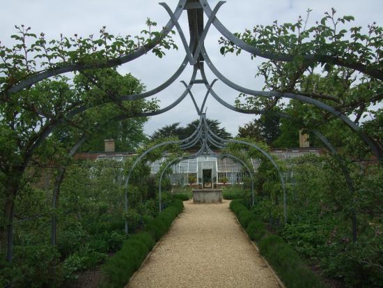 Hampshire, UK: Beautiful walled kitchen garden
