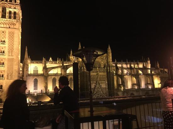 Vistas Inmejorables Desde La Terraza Del Hotel Eme Catedral