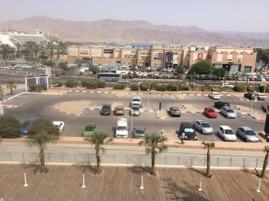 Mall Hayam : Shopping bem localizado