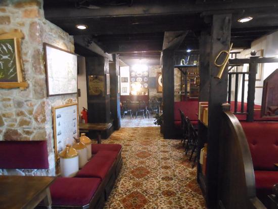Manaton, UK: Bar Area