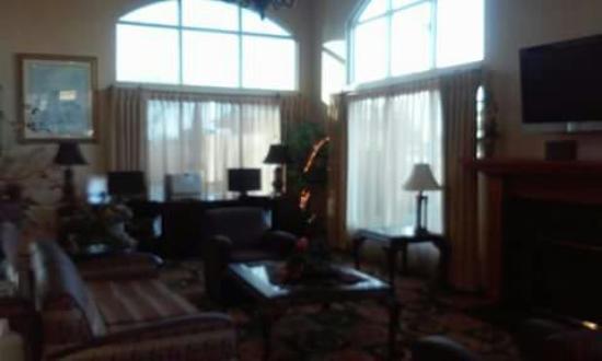 Holiday Inn Express Madera Yosemite Pk Area: FB_IMG_1464558672147_large.jpg