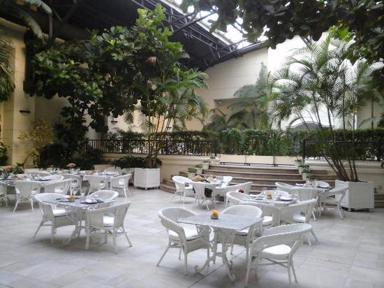 jardin de invierno buenos aires recoleta restaurant